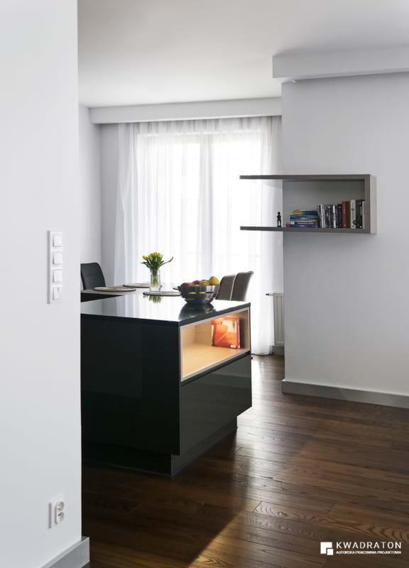 kwadraton » Apartament z czarną cegłą